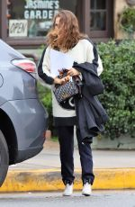 NATALIE PORTMAN Out to Lunch in Los Angeles 01/17/2019