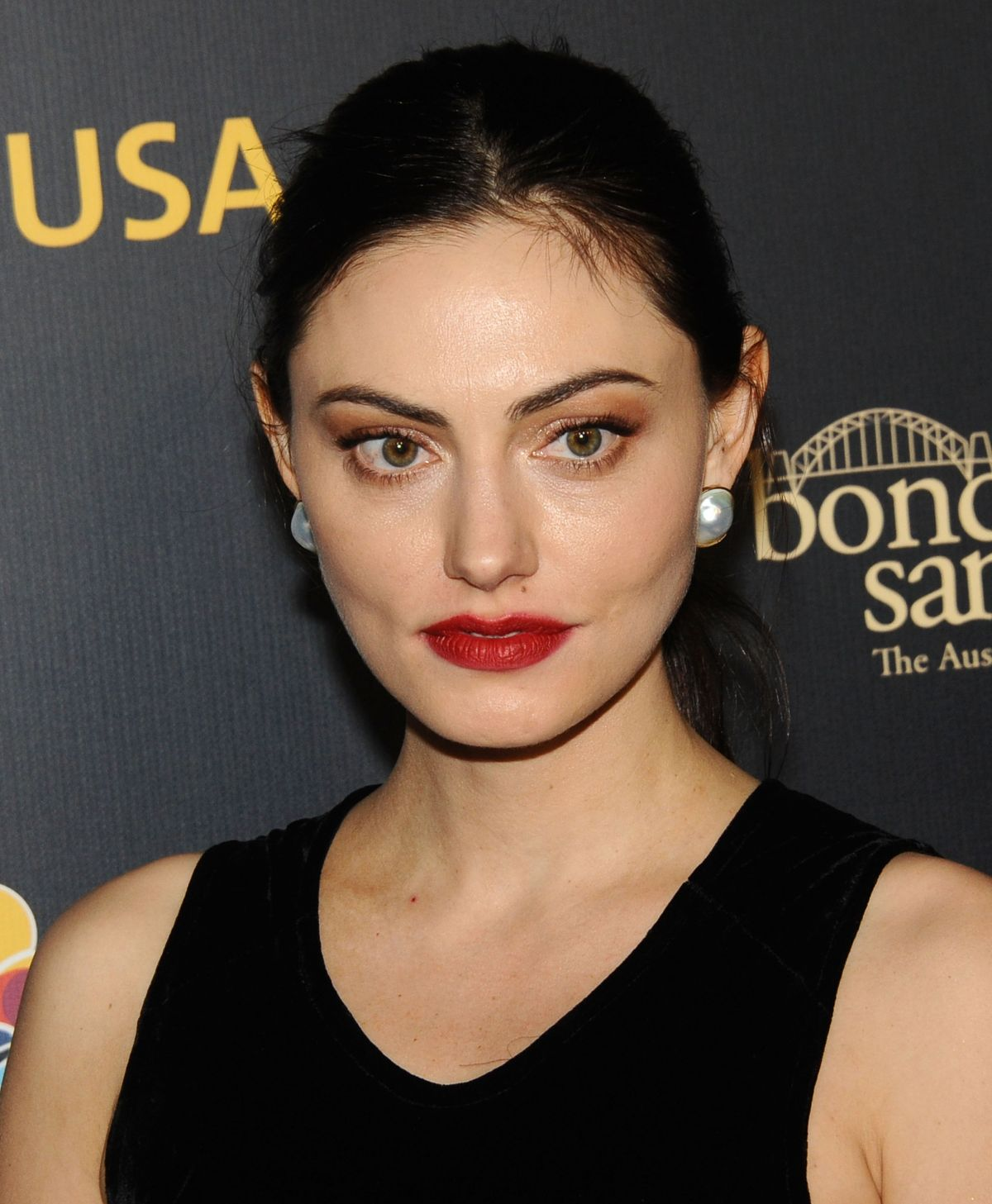 PHOEBE TONKIN At G'day USA Los Angeles Gala In Culver City
