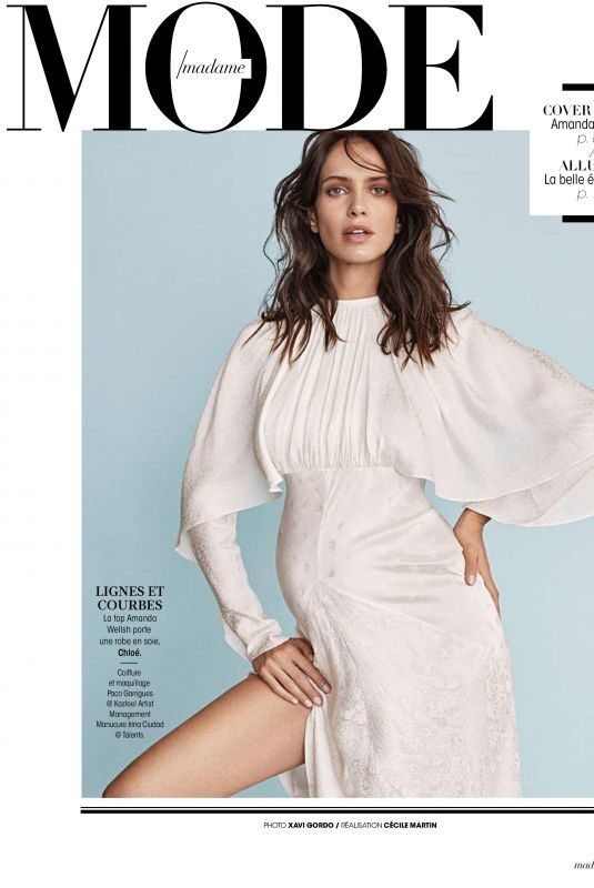 Pregnant AMANDA WELSH in Madame Figaro< January 2019