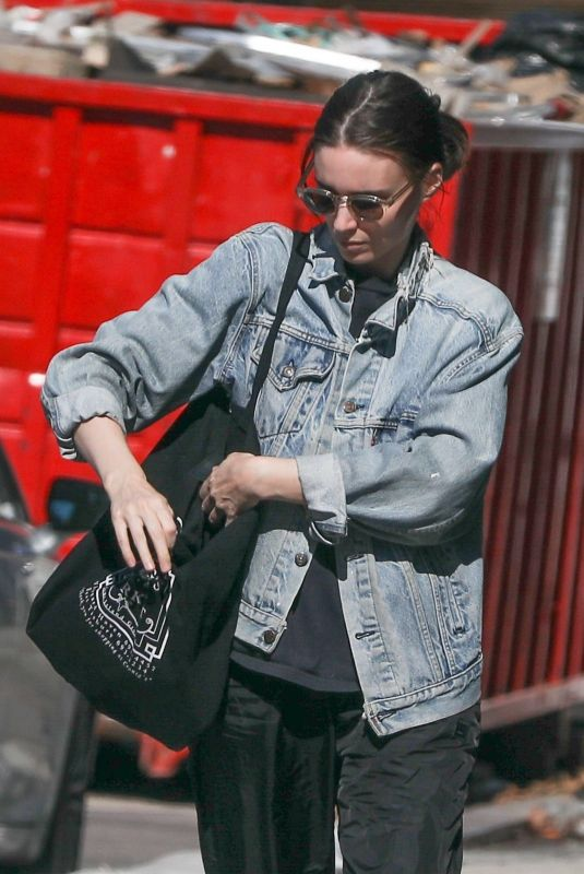 ROONEY MARA Out Shopping in West Hollywood 01/25/2019