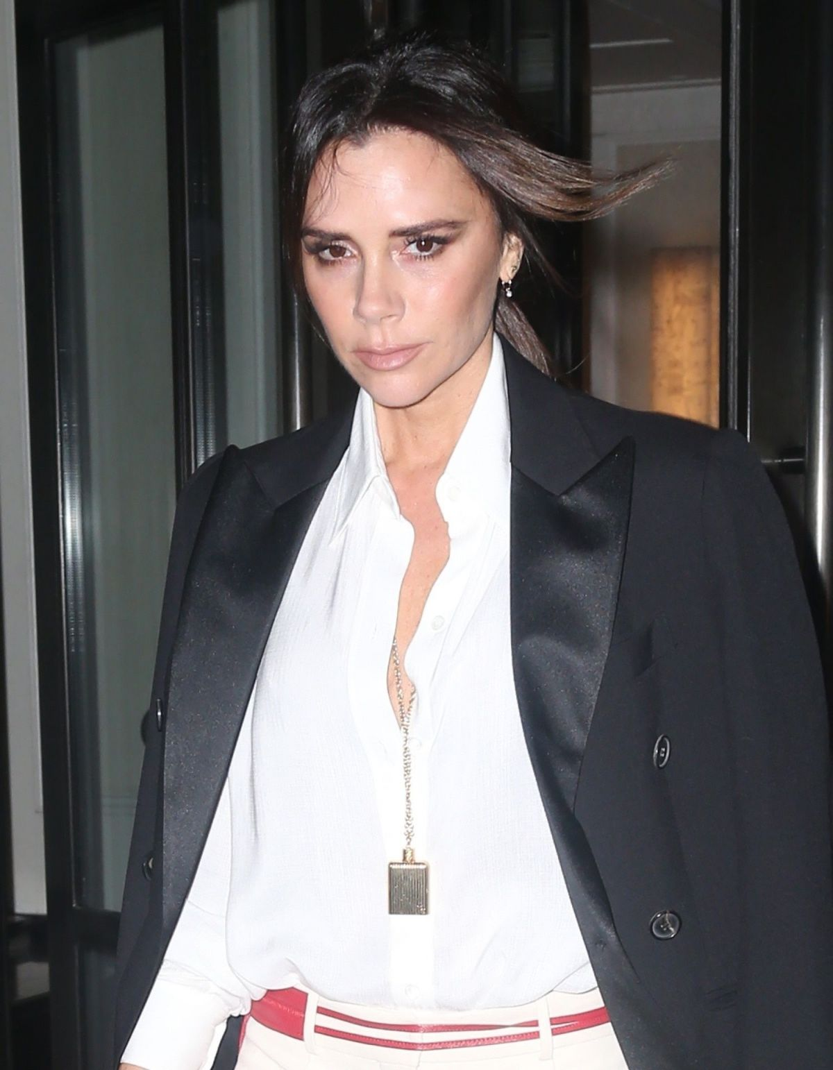 VICTORIA BECKHAM Leaves Her Hotel in New York 01/24/2019 ...
