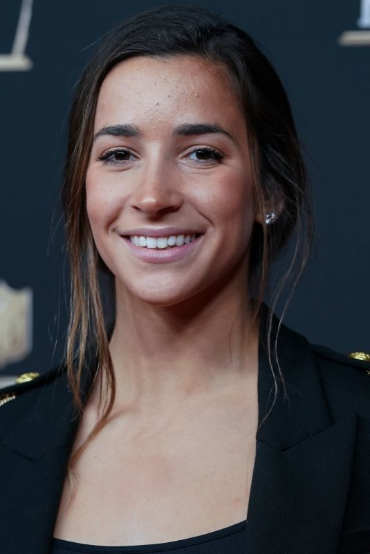 ALY RAISMAN at NFL Honors in Atlanta 02/02/2019