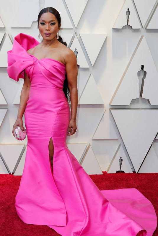ANGELA BASSETT at Oscars 2019 in Los Angeles 02/24/2019