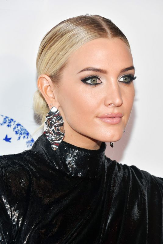 ASHLEE SIMPSON at 2019 Hollywood Beauty Awards in Los Angeles 02/17/2019