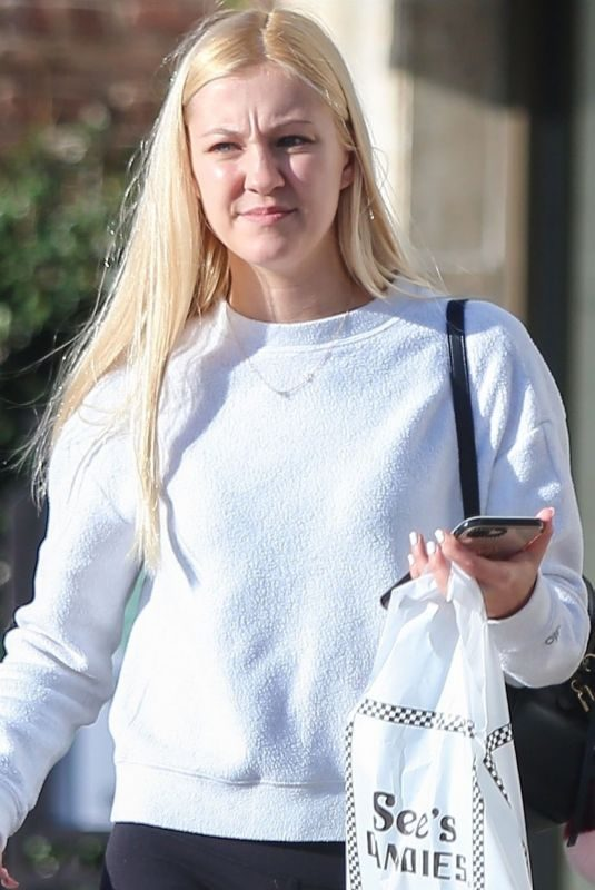 AVA SAMBORA Shopping at See's Candies in Los Angeles 02/05/2019