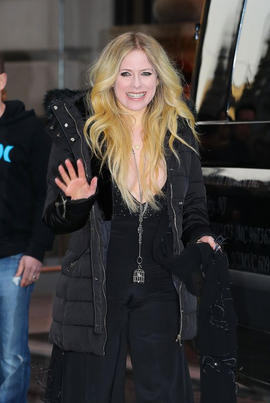 AVRIL LAVIGNE Leaves Her Hotel in New York 02/13/2019