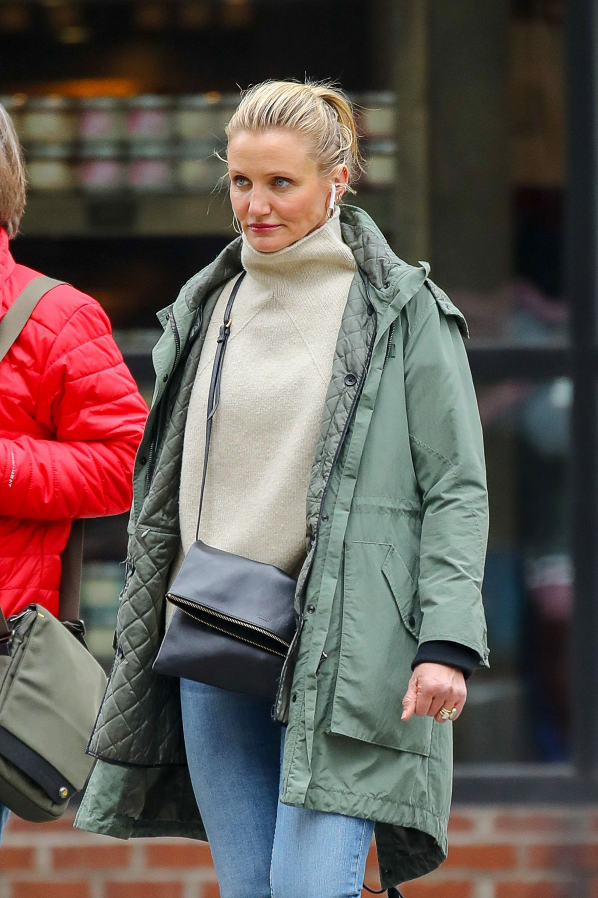 CAMERON DIAZ Out and About in New York 02/15/2019 – HawtCelebsCameron Diaz Pregnant 2020