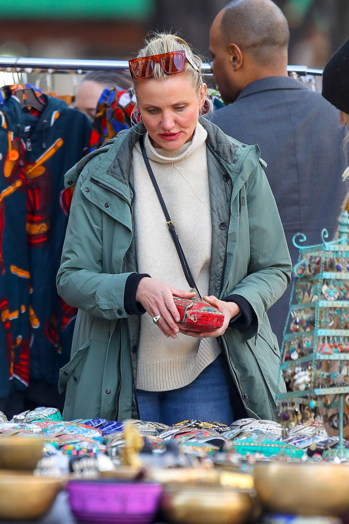 CAMERON DIAZ Out Shopping in New York 02/15/2019 – HawtCelebsCameron Diaz Age 2003