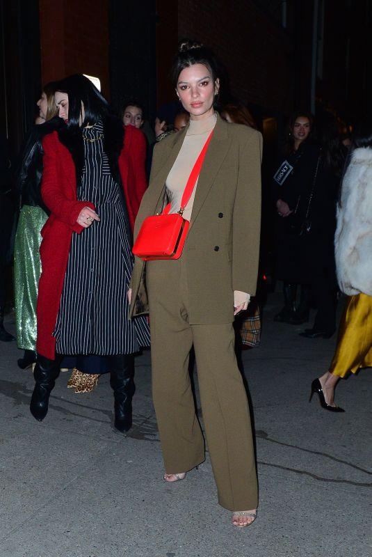 Emily Ratajkowski Arrives Tiffany Party York Thumbnail