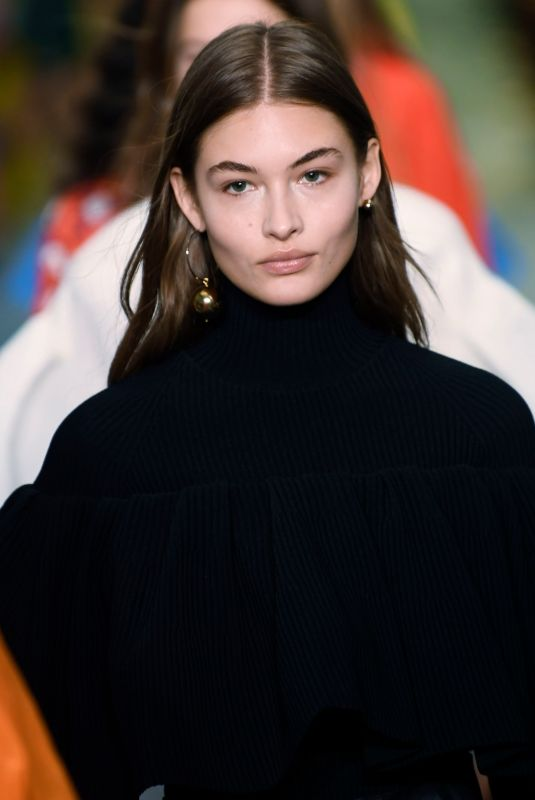 GRACE ELIZABETH at Carolina Herrera Runway Show in New york 02/11/2019