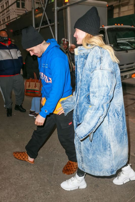HAILEY and Justin BIEBER Out and About in New York 02/15/2019