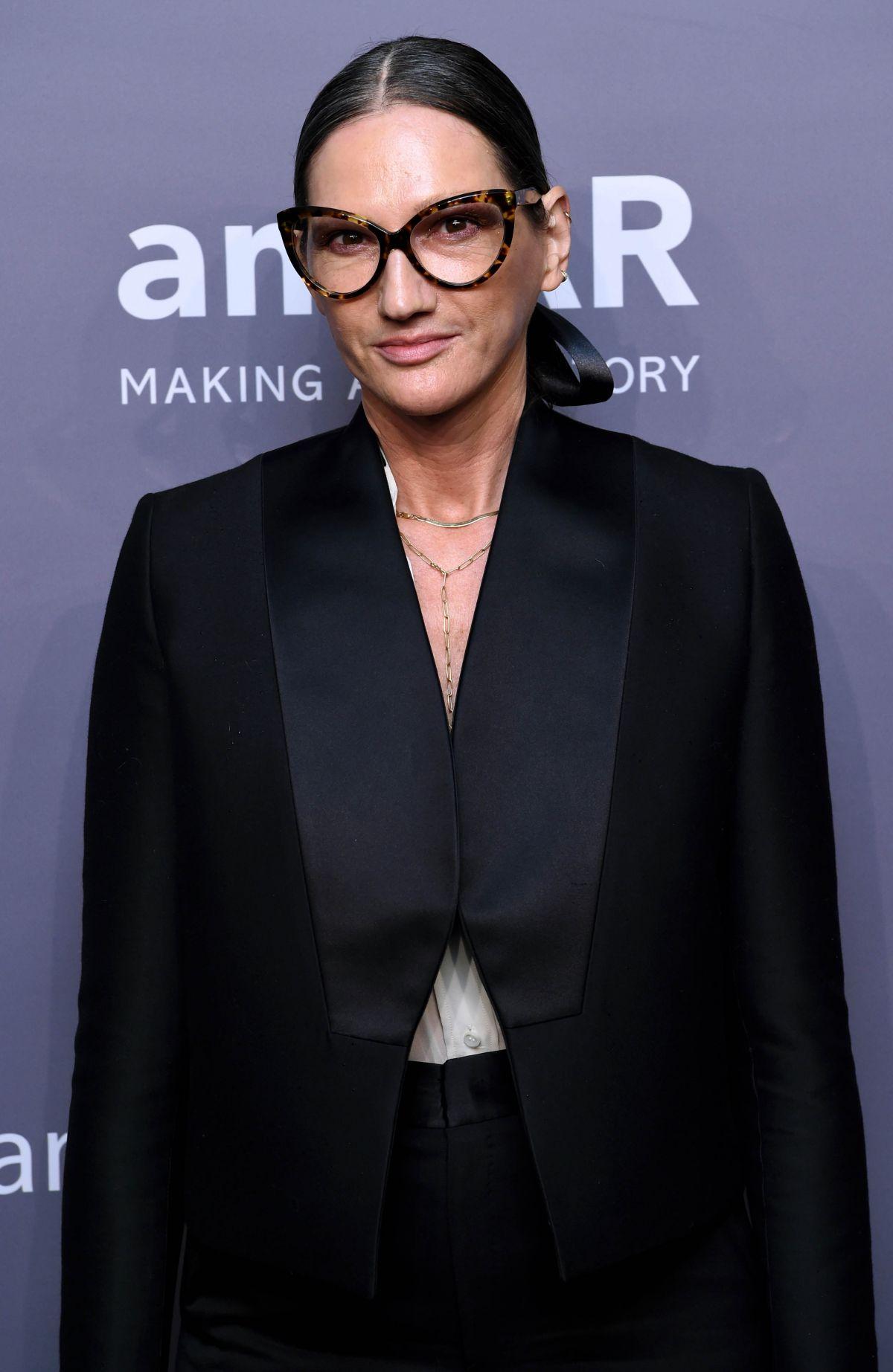 jenna lyons at amfar new york gala 2019 02 06 2019. Black Bedroom Furniture Sets. Home Design Ideas