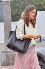 JENNIFER GARNER Out in Pacific Palisades 02/03/2019