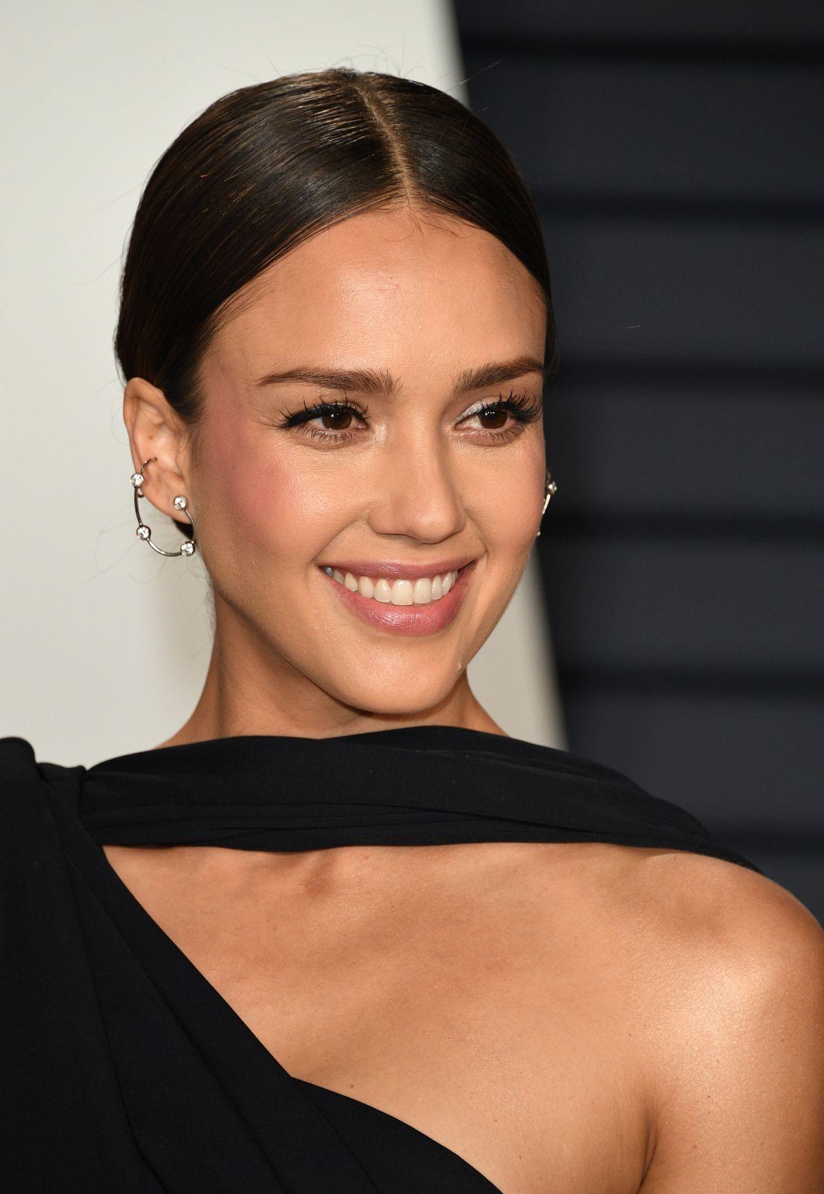 Jessica Alba 2019