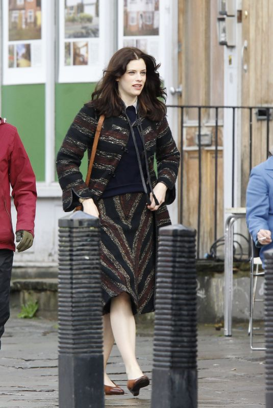 JESSICA DE GOUW oin the Set f The Crown in London 02/09/2019