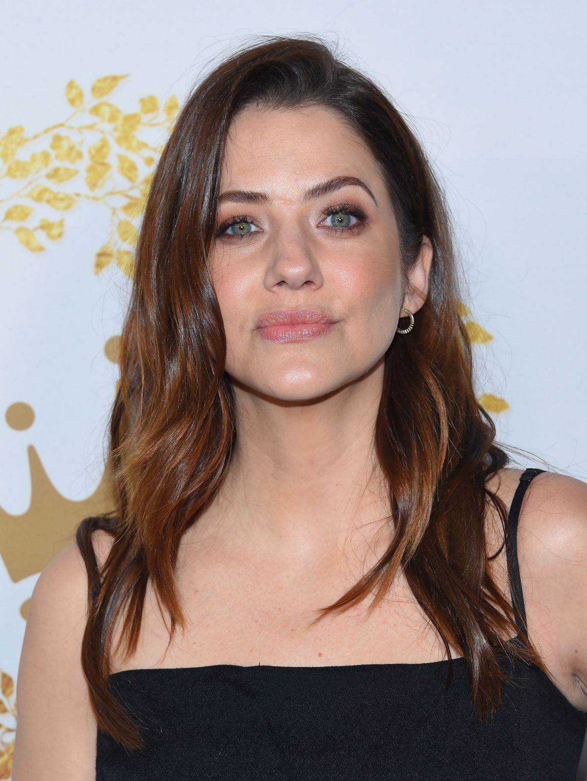 Julie Gonzalo Nude Photos 67