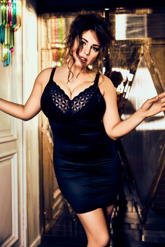 KELLY BROOK for Fabulous Magazine, February 2019