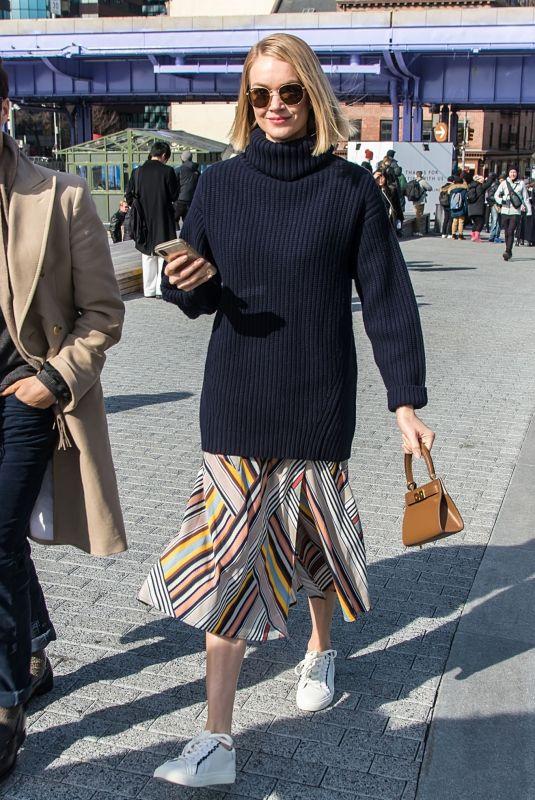 LINDSAY ELLINGSON Arrives at Tory BurchShow at New york Fashion Week 02/10/2019