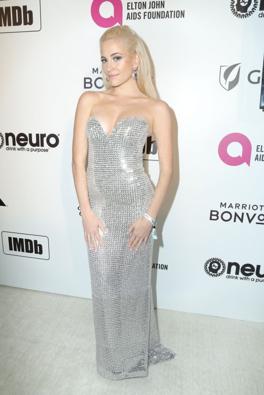 PIXIE LOTT at Elton John Aids Foundation Oscar Party in Hollywood 02/24/2019