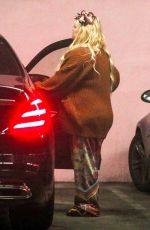 Pregnant JESSICA SIMPSON Visiting Her Doctor in Los Angeles 02/05/2019