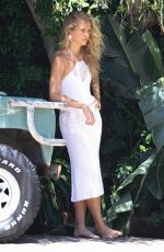 SAILOR BRINKLEY on the Set of a Photoshoot in Sydney 02/04/2019