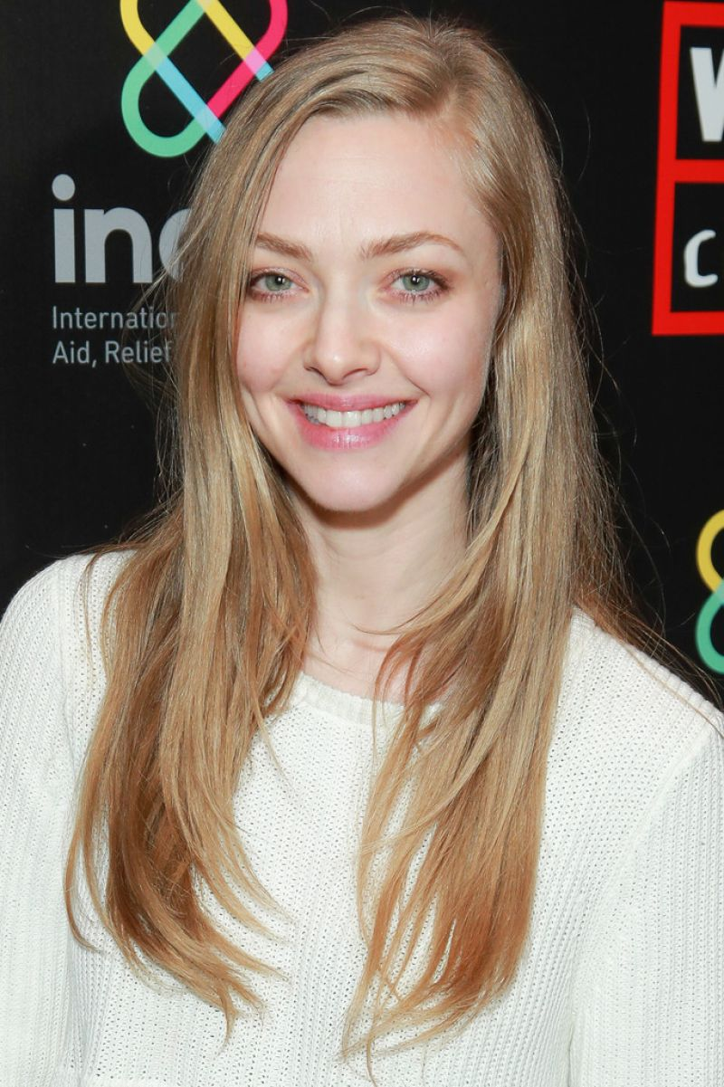 AMANDA SEYFRIED at Goo...