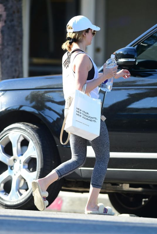 ASHLEY TISDALE Leaves Yoga Class in Studio City 03/16/2019