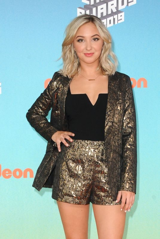 AUDREY WHITBY at Nickelodeon's Kids' Choice Awards 2019 in Los Angeles 03/23/2019