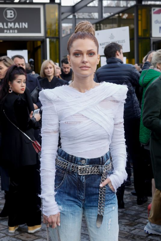 CAROLINE RECEVEUR Arrives at Balmain Fashion Show at PFW in Paris 03/01/2019