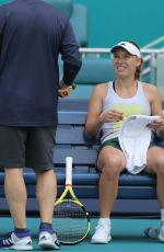 CAROLINE WOZNIACKI Practice at Miami Open Tennis Tournament 03/16/2019