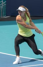 CAROLINE WOZNIACKI Practicing at Miami Open 03/18/2019