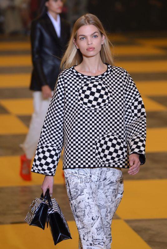 DAPHNE GROENEVELD at Off-white Runway Show at Paris Fashion Week 02/28/2019