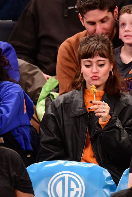 ELLA PURNELL at Sacramento Kings vs New York Knicks Game in New York 03/09/2019