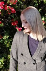EMMA DUMONT - Instagram Pictures, March 2019