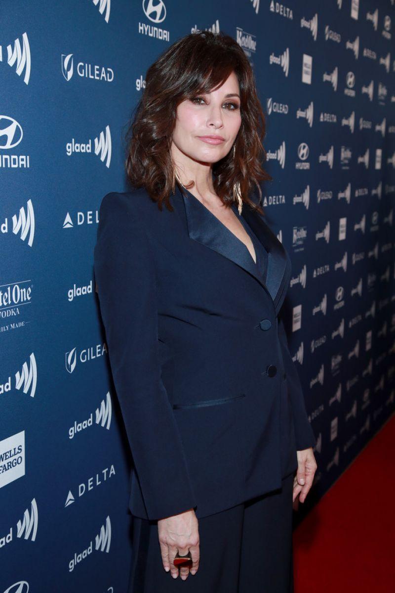 Gina Gershon 2019