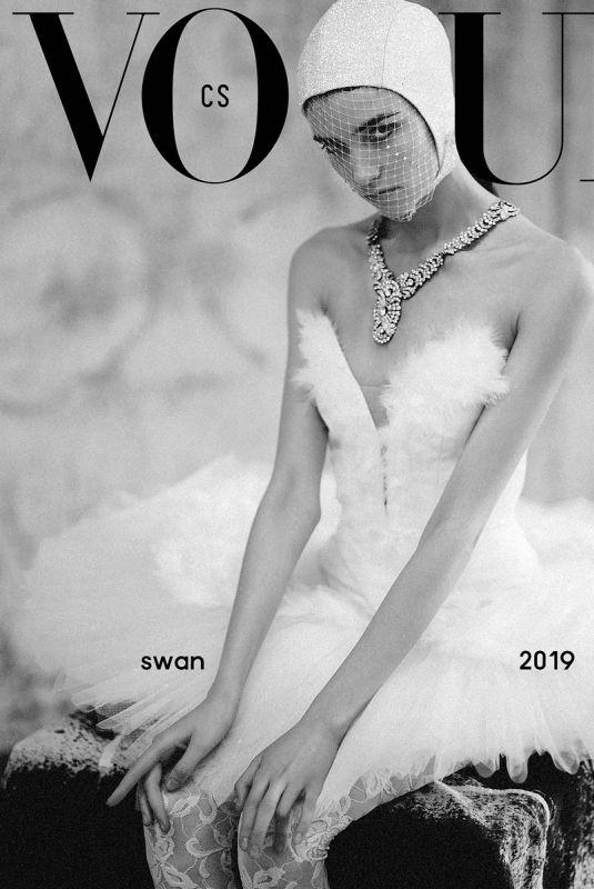 GRACE HARTZEL for Vogue Magazine, Czech April 2019
