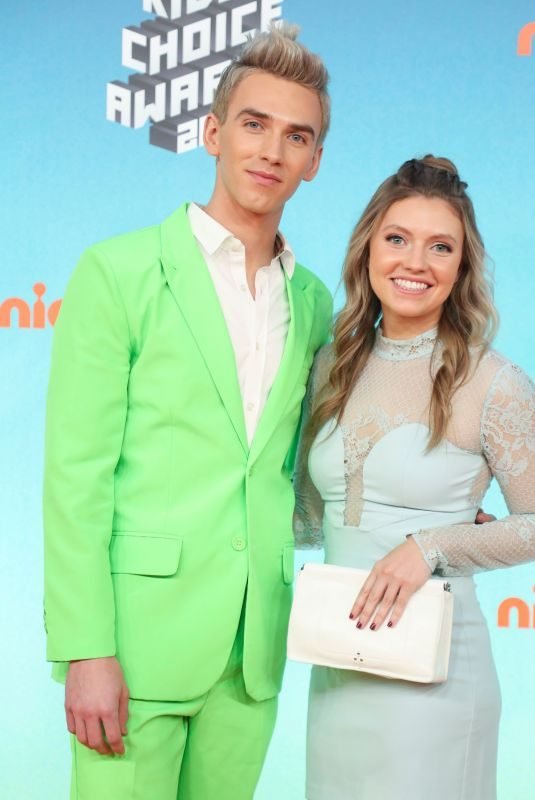 GRACE SHARER at Nickelodeon's Kids' Choice Awards 2019 in Los Angeles 03/23/2019