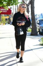 HOLLY MADISON Heading to a Gym in Studio City 03/04/2019