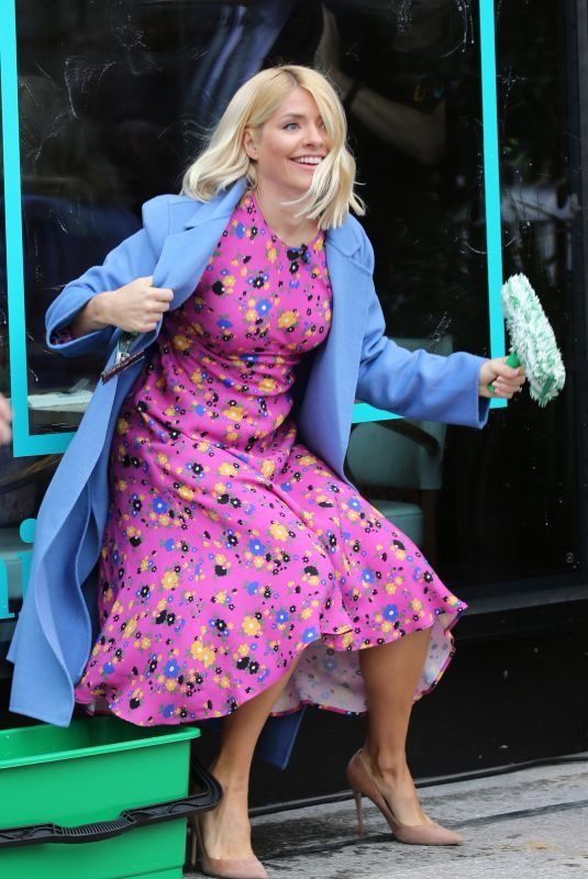 HOLLY WILOUGHBY on the Set of This Morning in London 03/20/2019