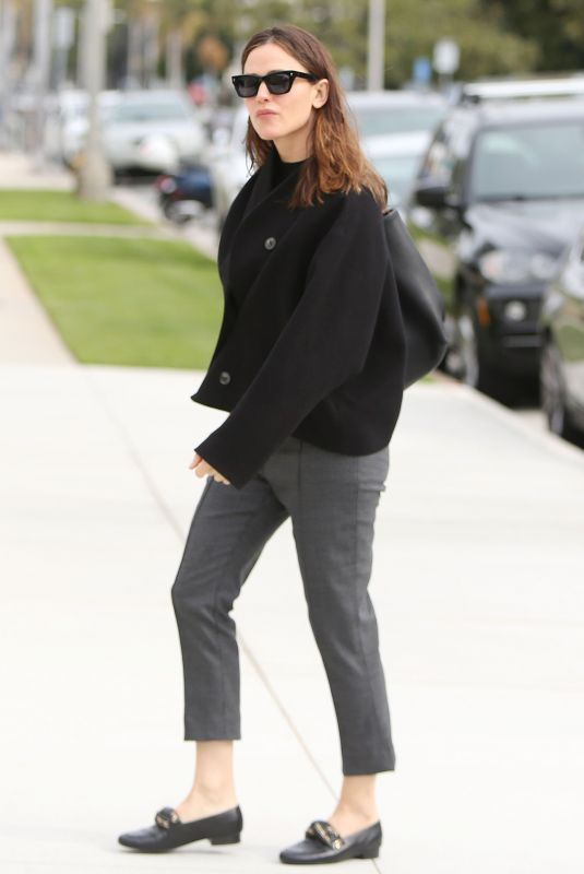 JENNIFER GARNER Out and About in Pacific Palisades 03/10/2019