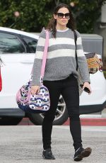 JENNIFER GARNER Out and About in Santa Monica 02/28/2019