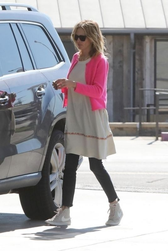 JULIA ROBERTS at a Gas Station in Los Angeles 03/16/2019