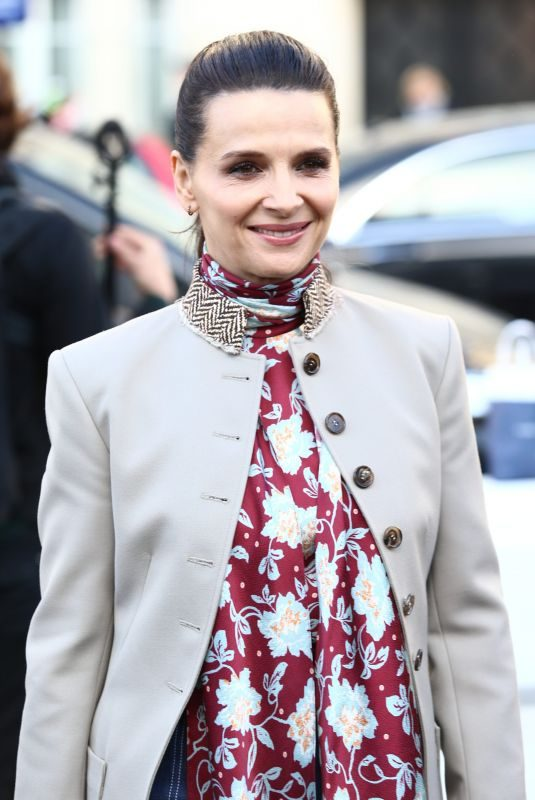 JULIETTE BINOCHE Arrives at Chloe Fashion Show in Paris 02/28/2019