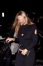 KATE MOSS Arrives at Annabel