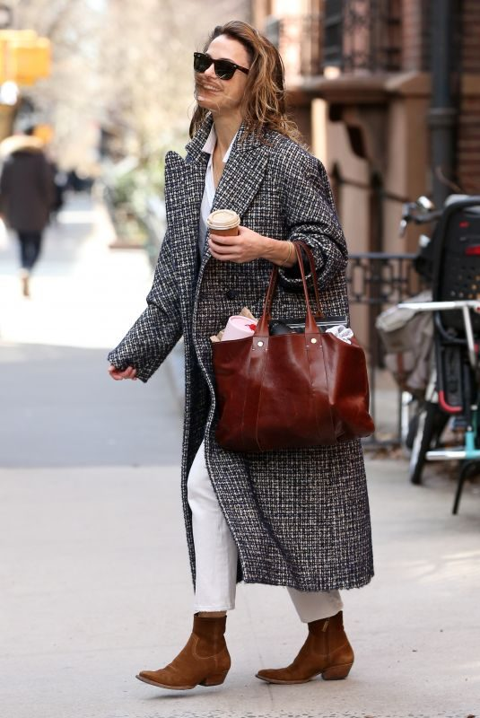 KERI RUSSELL Leaves Her Apartment in New York 03/23/2019