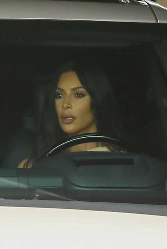 KIM KARDASHIAN Leaves a Studio in Range Rover 03/08/2019