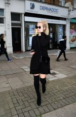 LOTTIE MOSS Leaves Dermadoc Cosmetic Clinic in London 03/03/2019