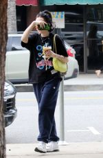 NOAH CYRUS Out for Lunch at Joan