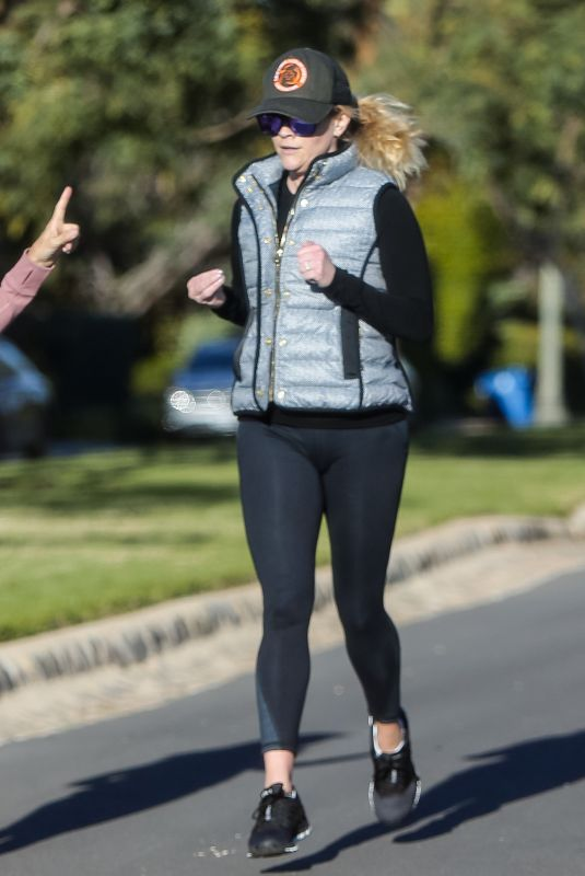 REESE WITHERSPOON Out Jogging in Los Angeles 03/15/2019