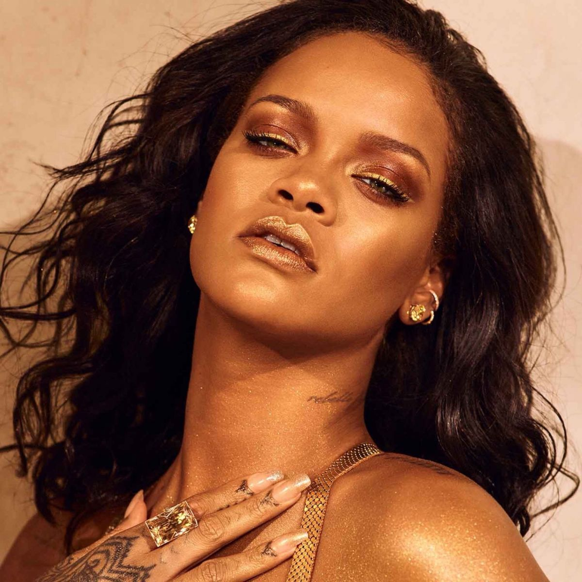 rihanna-for-fenty-beauty-body-lava-2019-campaign-3.jpg